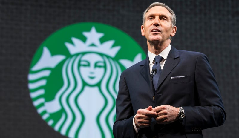 Illustration for article titled Michael Bloomberg Warns Fellow Billionaire Howard Schultz Not to Run for President