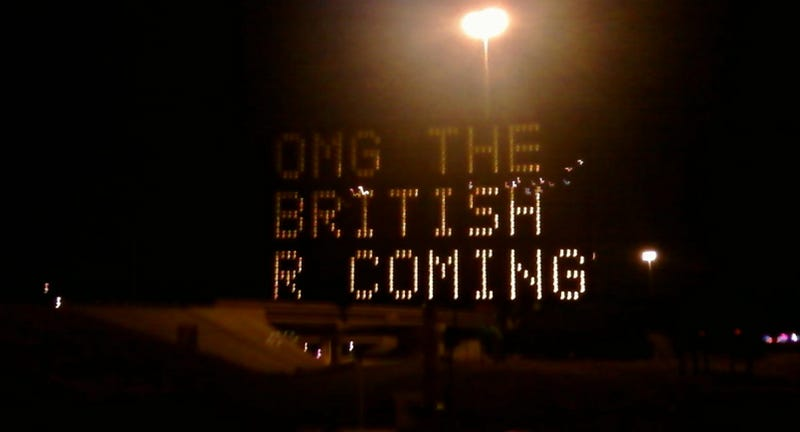 Illustration for article titled Texas Road Signs Hacked, Warn Of British Invasion