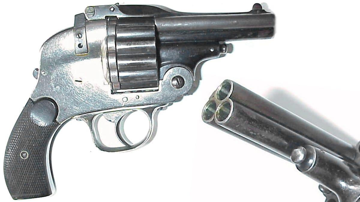 Triple barrel revolver makes anyone an expert marksman thecheapjerseys Choice Image