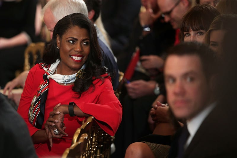 Illustration for article titled Omarosa Claims White House Staff Joked About Removing Trump From Office So Much They Had A Hashtag