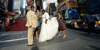 A couple getting married in New York City (Getty Images)