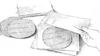 Illustration for article titled Store or Freeze Tortillas with Parchment Paper Between Them for Tear-Free Retrieval