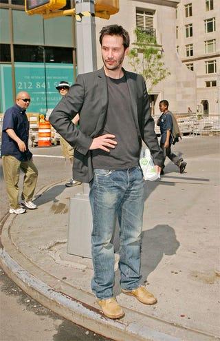 Illustration for article titled Keanu Reeves: Bish Plz