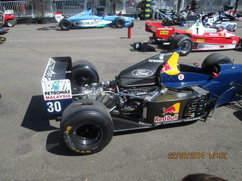 Illustration for article titled Niki's car on the back