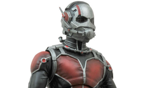 Illustration for article titled Of Course The First Ant-Man Figure Comes With A Tiny Ant-Man Too