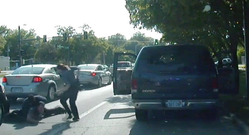 Illustration for article titled Kansas Police Release Video of Cop 'Accidentally' Shooting Motorist Instead of Tasing Him