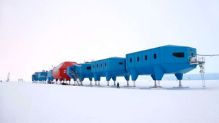 Illustration for article titled A future Antarctic research station that can walk over the ice