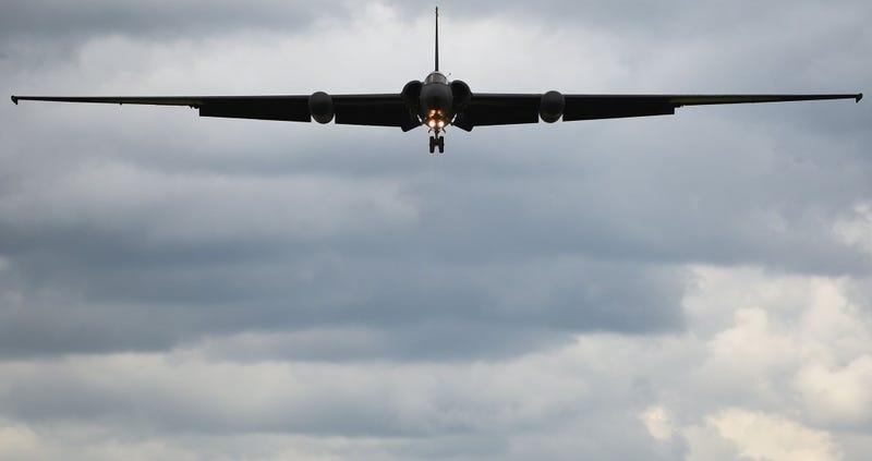 Illustration for article titled Cómo se maniobra uno de los aviones militares más complejos de aterrizar