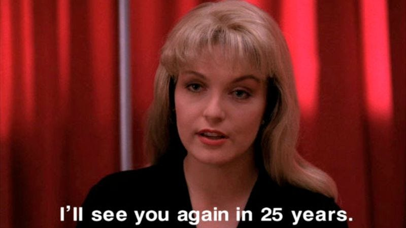 Illustration for article titled Laura Palmer is dead, but Twin Peaks is alive again on Twitter