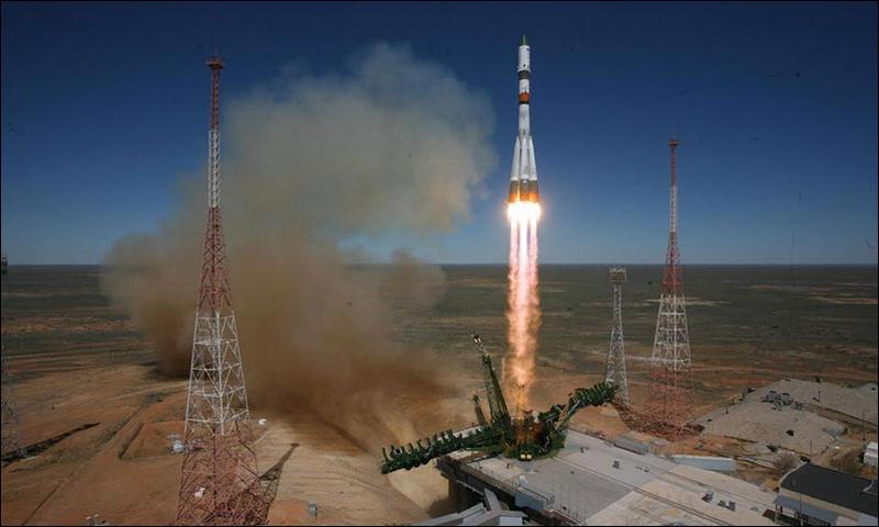 Illustration for article titled La nave espacial Progress M-27M fuera de control empieza a desintegrarse