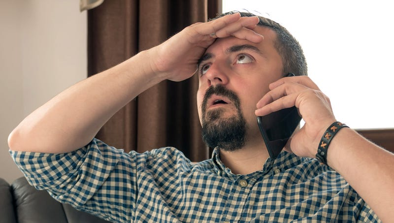 Illustration for article titled 'It's Like You're Hearing Me But You're Not Listening To Me,' Says Man To Representative On Oscar Mayer Customer Service Hotline