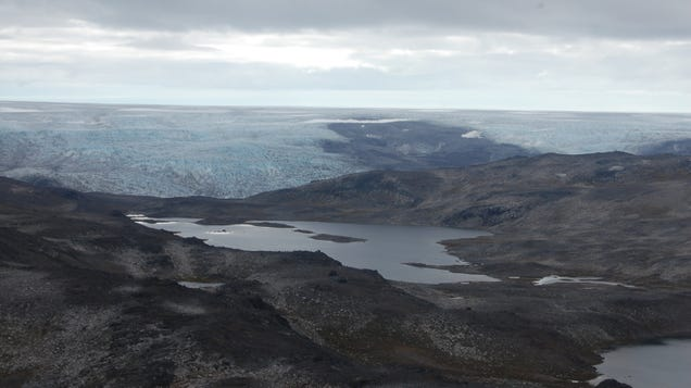 Greenland s Rocks Contain Hints of a Magma Ocean on Baby Earth