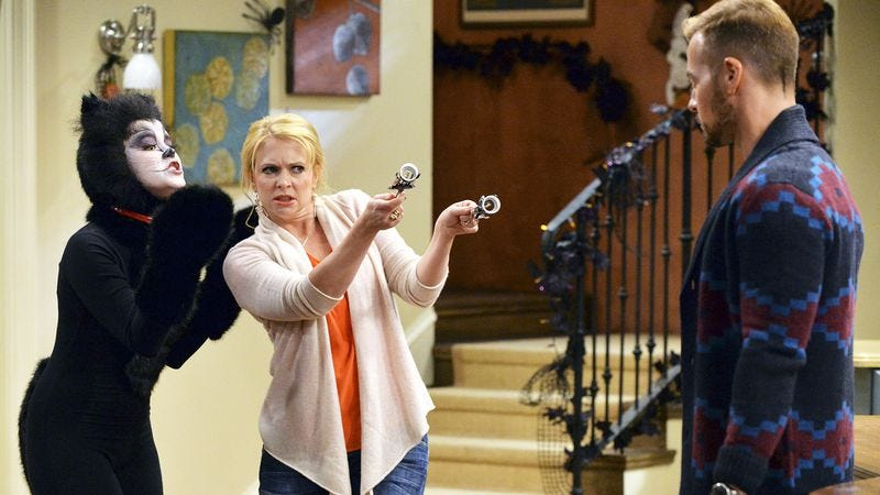 """Illustration for article titled America lets out melancholic """"whoa"""" as Melissa & Joey is canceled"""