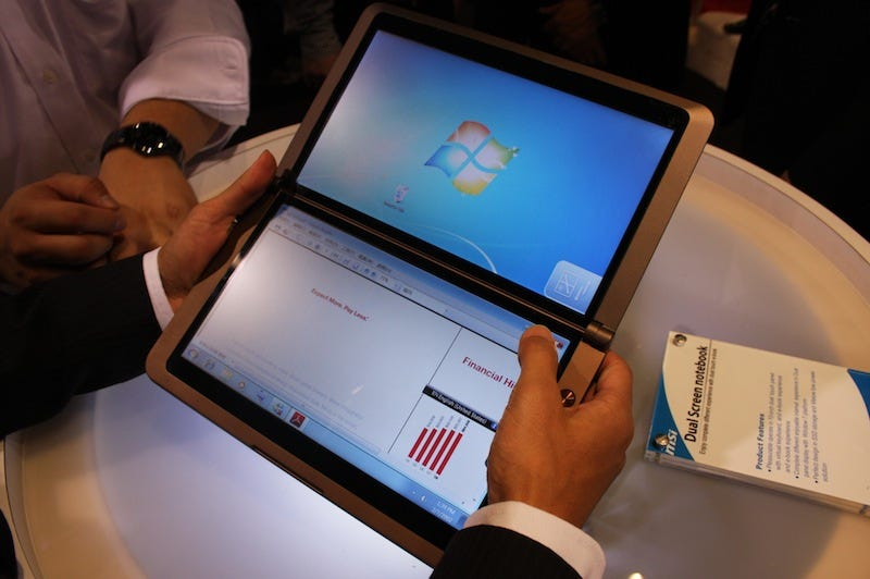 Illustration for article titled Hands On: MSI's Dual-Screen Tablet Concept