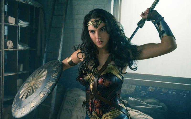Illustration for article titled Líbano prohíbe Wonder Woman en los cines de todo el país porque la estrella de la película es israelí