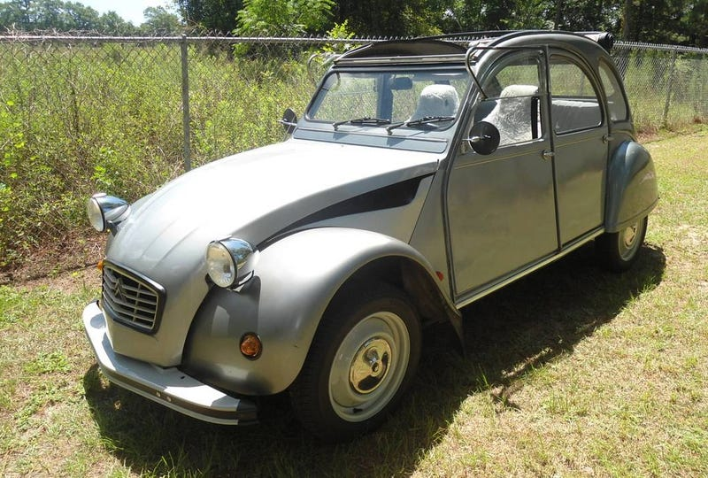 """Illustration for article titled For $7,500, Is This """"1963"""" Citroën 2CV Worth A Deux-Over?"""