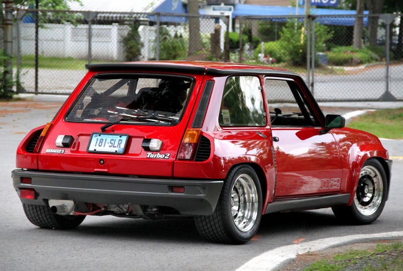 Illustration for article titled Reminder: The Renault 5 Turbo is The Sex
