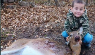 Illustration for article titled Precocious And Horrifying Four-Year-Old Kills Two Deer With Shotgun