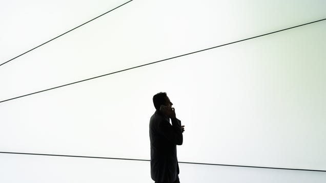 Senate Passes Bill That Would Slap Robocallers With Fine of Up to $10,000 Per Call