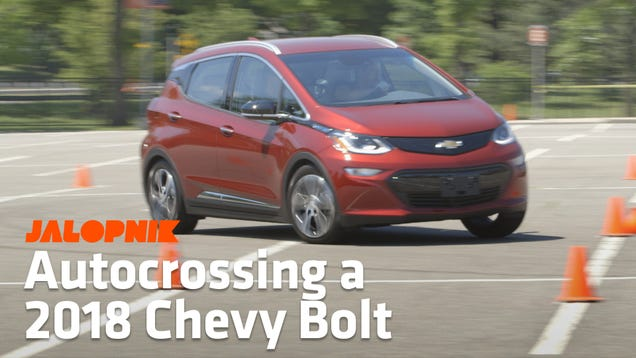 Here s How The Chevrolet Bolt EV Drives When It s Pushed To Its Limits In A Parking Lot