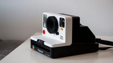 Polaroid Camera Urban Outfitters : Polaroid s new instant camera takes terrible retro photos very well