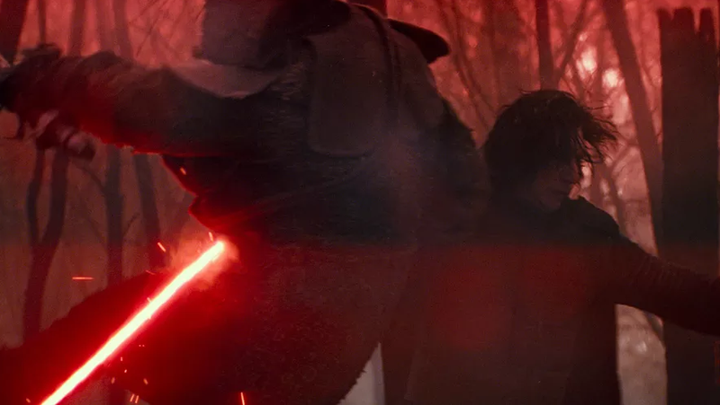 Kylo Ren absolutely wrecking a dude.