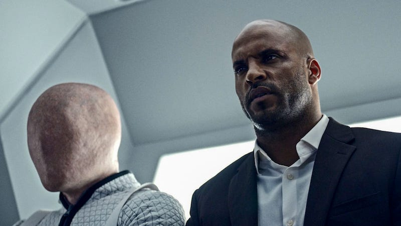 Image: Ricky Whittle as Shadow Moon (Starz)