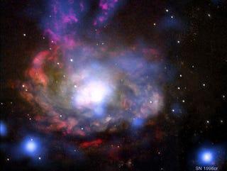 Illustration for article titled Massive Explosion Culprit Revealed: A Rogue Supernova