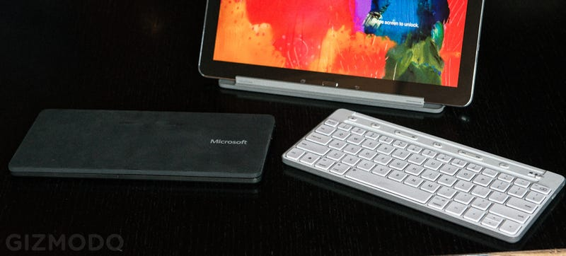 Illustration for article titled Microsoft's New Universal Mobile Keyboard Has Android and iOS in Mind