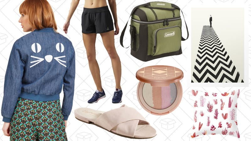 Illustration for article titled Today's Best Lifestyle Deals: Coleman, ModCloth, Reebok, Society6, and More