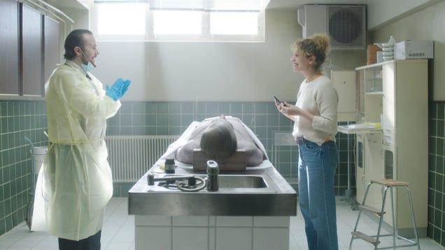 Netflix's Post Mortem Looks Ghoulishly Great