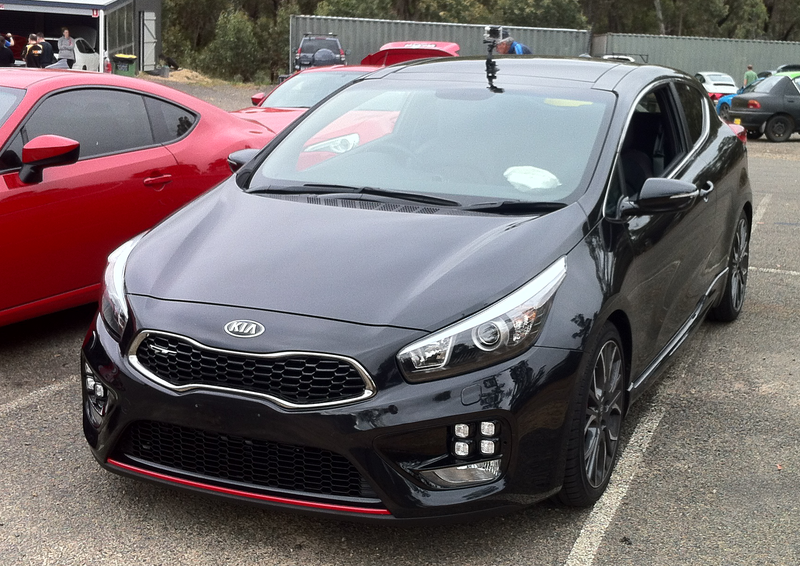 track day review 2015 kia pro cee 39 d gt. Black Bedroom Furniture Sets. Home Design Ideas