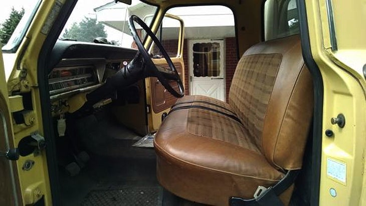 Check out this 1972 F100 on Craigslist    - Ford Truck Enthusiasts