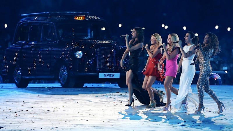 Illustration for article titled The Spice Girls Performed Onstage Together and the Universe Didn't Implode