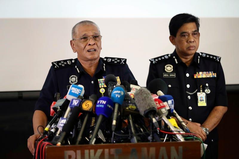 La policía de Malasia informando sobre el caso. AP