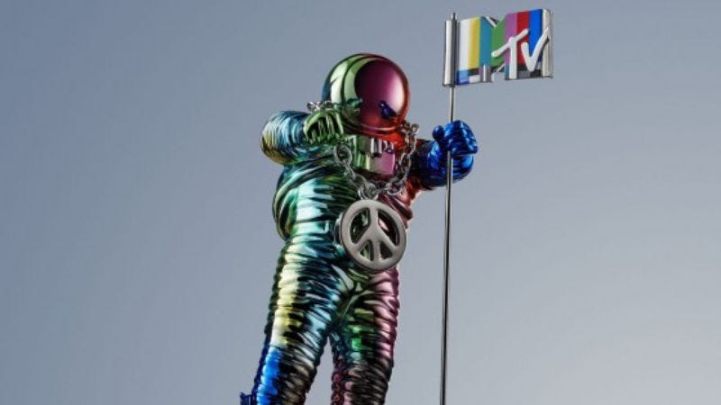 Illustration for article titled MTV's Moonman statue gets a funky makeover