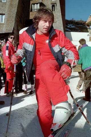 Illustration for article titled Ski Bum: Roman Polanski Could Escape To France On Skis