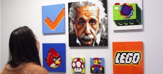 Illustration for article titled This Website Makes Building Lego Mosaics as Easy as Uploading a Photo