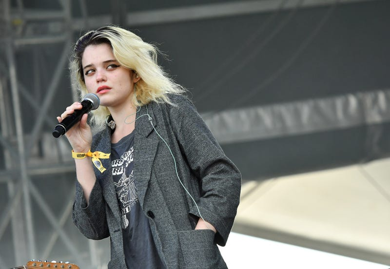 Illustration for article titled If Sky Ferreira Drops a Post-Punk Record, I'm Going to Lose My Shit