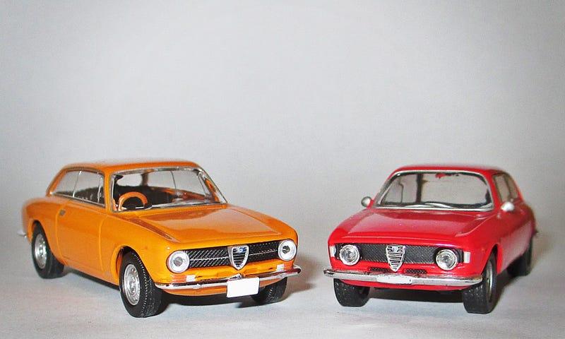 Illustration for article titled Spaghetti Saturday: Alfa Romeo Giulia GT - Tomica vs Kyosho Grudge Match