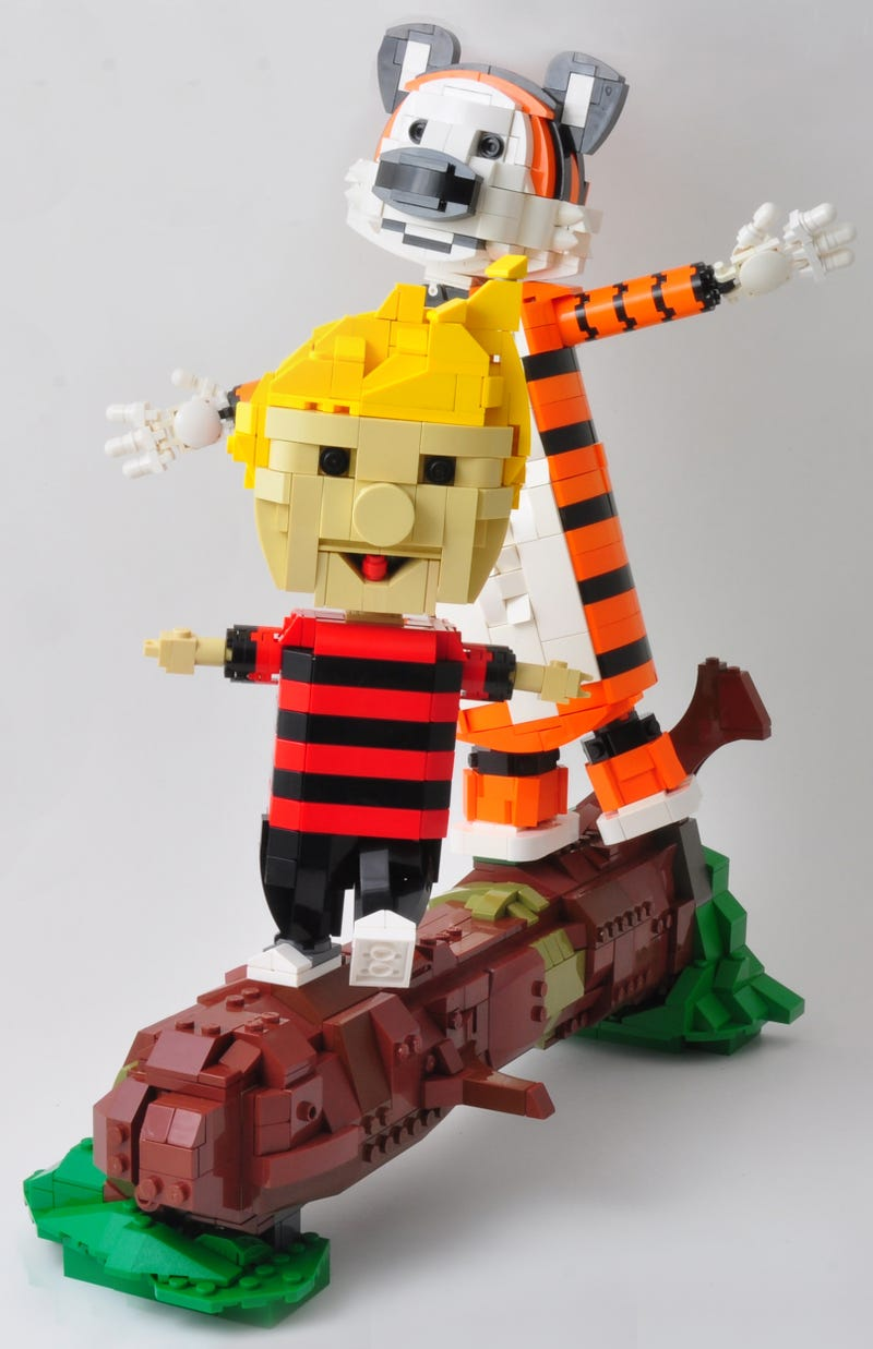 Illustration for article titled Calvin and Hobbes in Lego is just perfect