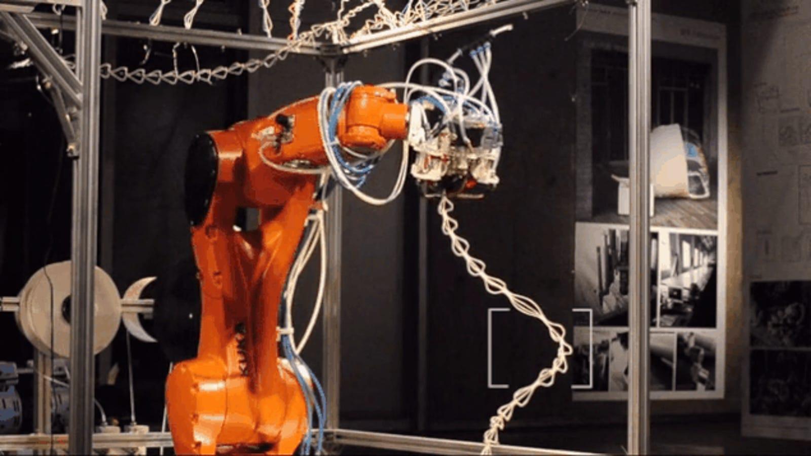 Este robot imprime estructuras 3D en el aire como las arañas