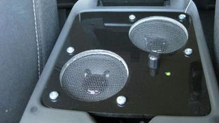 Illustration for article titled Repurpose Computer Speakers for Your Car for Better, Cheaper Audio on the Road