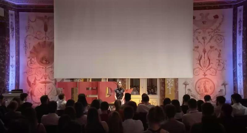 Illustration for article titled TEDx borra una charla en la que la ponente defendía la pedofilia como una orientación sexual natural