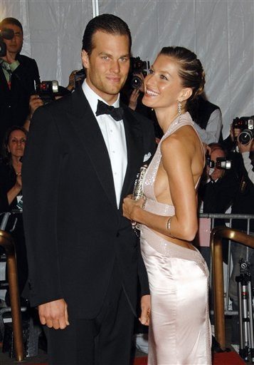Illustration for article titled Gisele, Tom, & Pups Tie The Knot In High Fashion