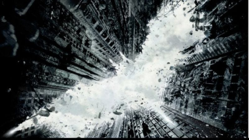 Illustration for article titled A new 13-minute The Dark Knight Rises featurette is here to work fans into a lather