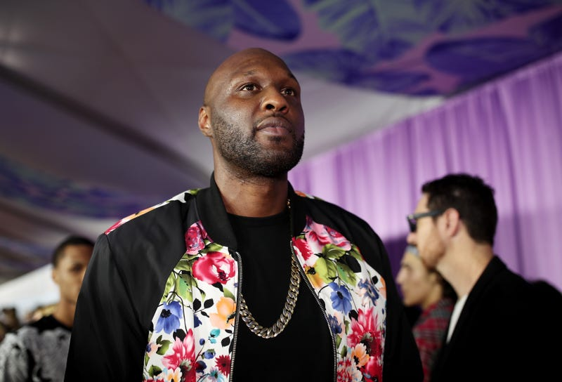 Illustration for article titled Lamar Odom Says He's Still Battling Addiction But Adds, 'Getting High Is Not on My Agenda'
