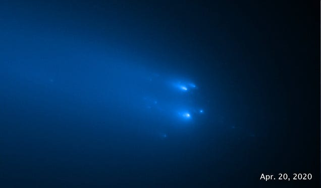 Physicists Get a Unique View of a Destroyed Comet