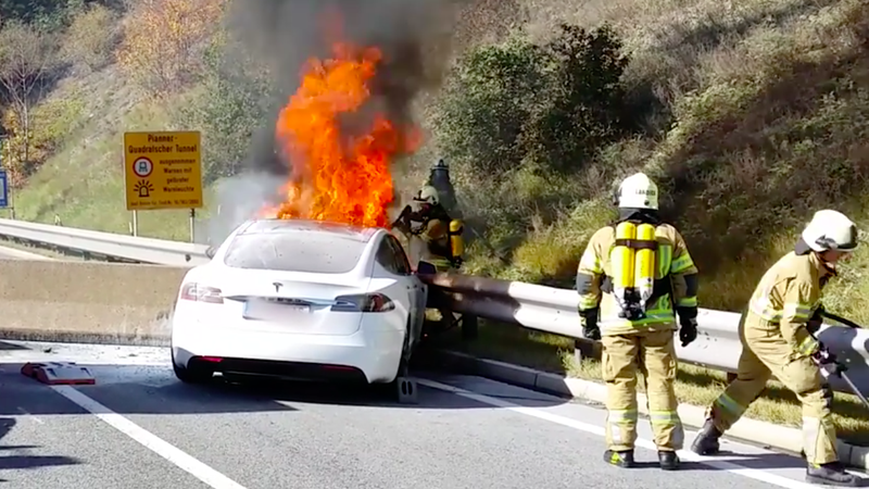 Here's What Firefighters Do To Extinguish A Battery Fire On A Tesla Model S