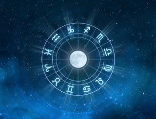 Illustration for article titled More than 1/3rd of Americans think that astrology is a science